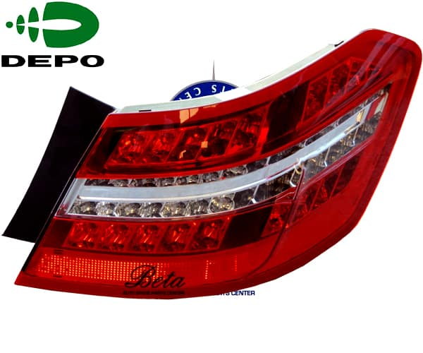 W212 Tail Lamp Led Avantgarde Right Side 2129060658 From